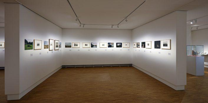 Gemeentemuseum Den Haag * Tentoonstelling: Dirk Kome toont Tonnis Post (FM, KR1097766)  * In opdr. van: Bibliotheek * Datum opname: 14-5-2018  * Fotomuseum * J&M Zweerts Fotografie - www.zweerts.nl
